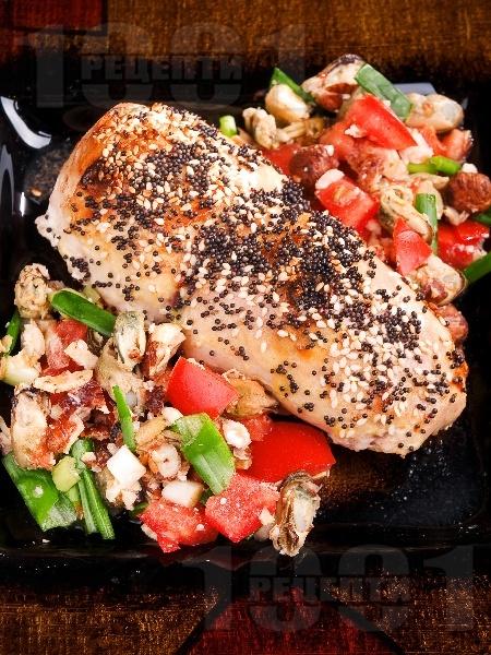 Пикантно пилешко руло с миди - снимка на рецептата